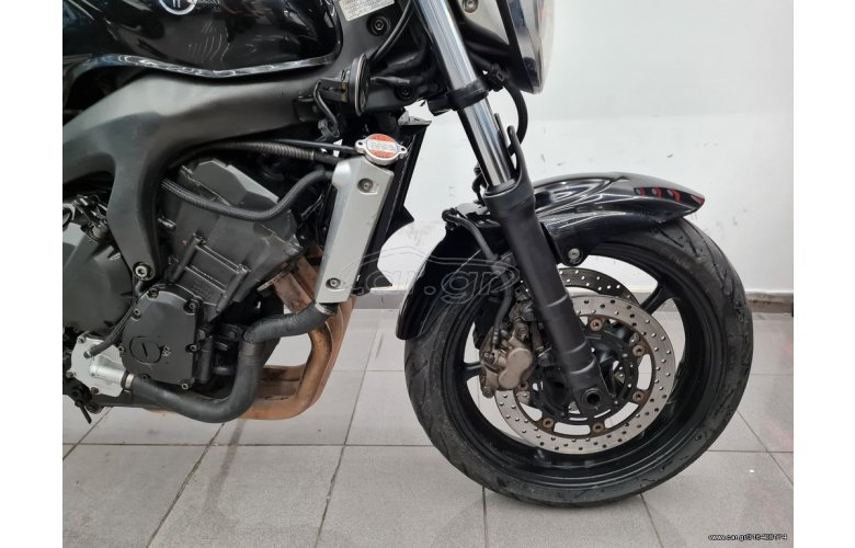 Yamaha FZ6 Naked '05